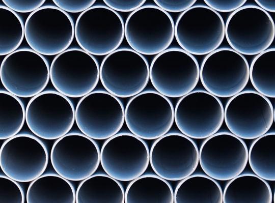 鋼管及び同附属品の加工、卸売業